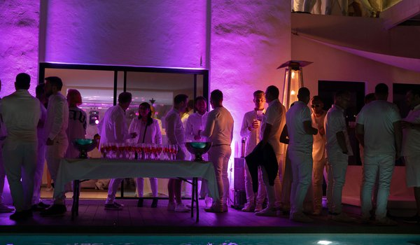 whiteparty.jpg